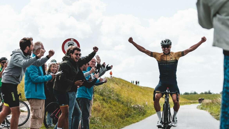 "Steun Olivier en koop een Côtes du Rhône ""Haute Route Ventoux"""